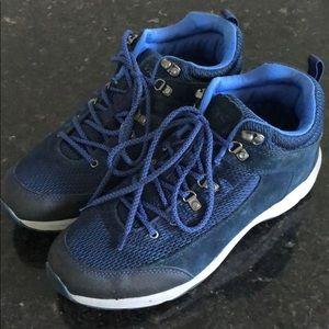 Vionic Active Sneaker Navy Suede